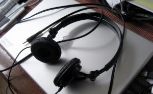 A laptop and headset.